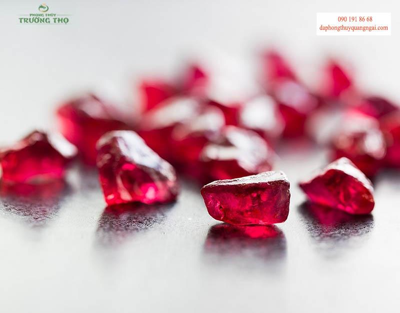 """Đá Ruby được mệnh danh là """"Vua của các loại đá quý"""""""